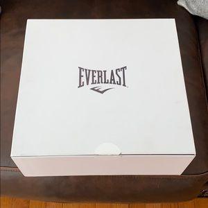 Everlast MCM Boxing Gloves